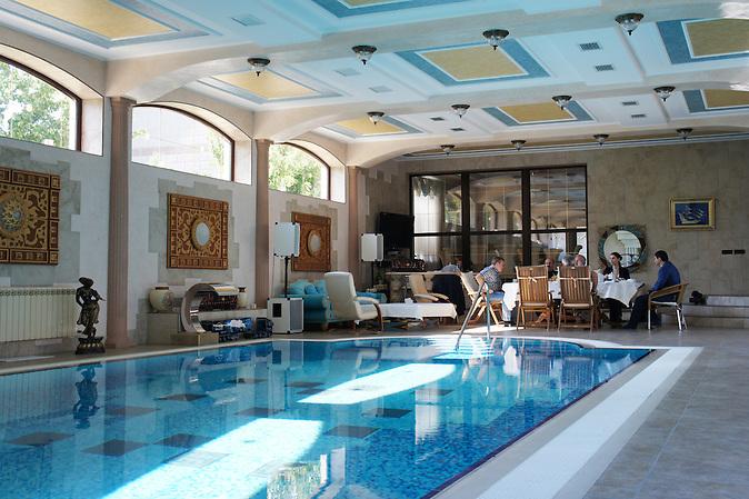 Schwimmbad im Haus von Nimetulajew in Bachtschyssaraj eine Tataren-Siedlung