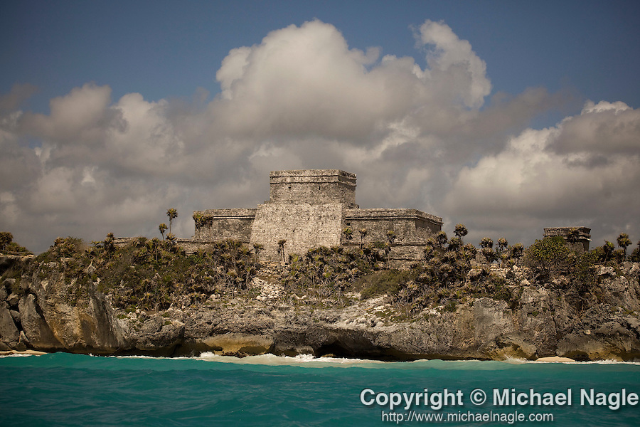 TULUM, MEXICO - MAY 01, 2009:  The Tulum Ruins on May 01, 2009 in Tulum, Mexico.  (PHOTOGRAPH BY MICHAEL NAGLE)