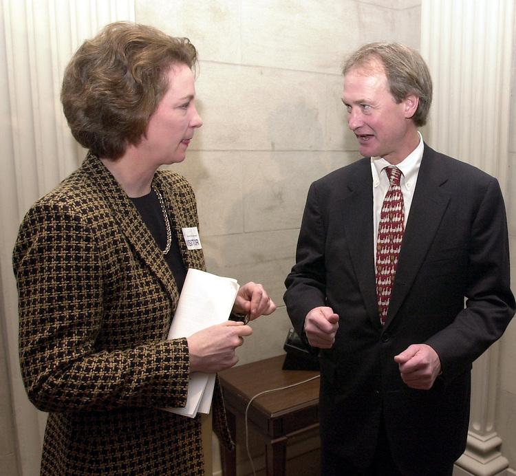3oil020702 --  Susan Eisenhower and Sen. Lincoln Chafee (R-RI) exchange ideas after both promised to do their part to protect Alaska's wilderness heritage by preventing drilling in the Refuge....