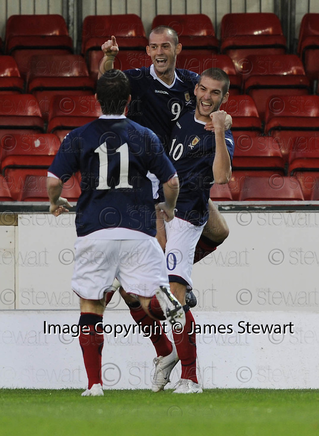 04/09/2008  Copyright Pic: James Stewart.File Name : sct_jspa08_scotland_v_slovenia.STEVEN FLETCHER CELEBRATES AFTER SCORING SCOTLAND'S FIRST.James Stewart Photo Agency 19 Carronlea Drive, Falkirk. FK2 8DN      Vat Reg No. 607 6932 25.James Stewart Photo Agency 19 Carronlea Drive, Falkirk. FK2 8DN      Vat Reg No. 607 6932 25.Studio      : +44 (0)1324 611191 .Mobile      : +44 (0)7721 416997.E-mail  :  jim@jspa.co.uk.If you require further information then contact Jim Stewart on any of the numbers above........