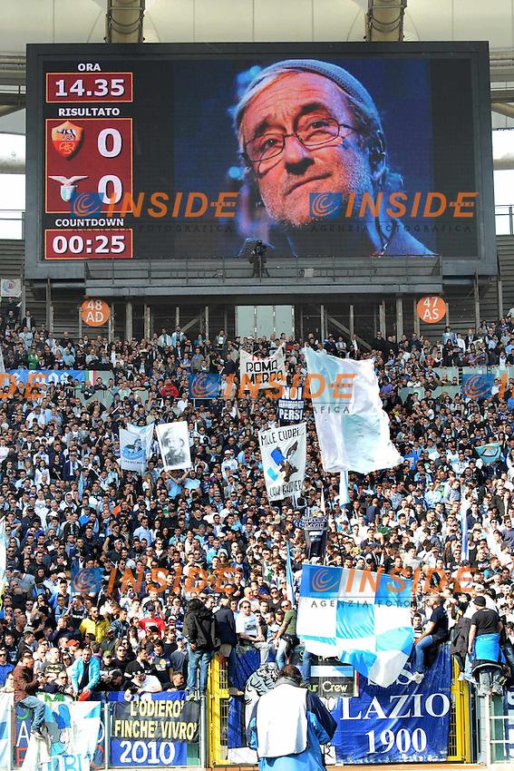 omaggio a Dalla all'Olimpico.Roma, 04/03/2012 Stadio Olimpico.Football Calcio 2011/2012 .Roma vs Lazio 1-2.Campionato di calcio Serie A.Foto Insidefoto Antonietta Baldassarre