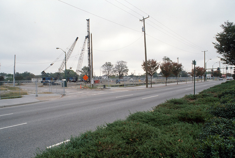 2000 October 18..Redevelopment.Old Dominion (R-28)..Convocation Center Construction...NEG#.NRHA#..