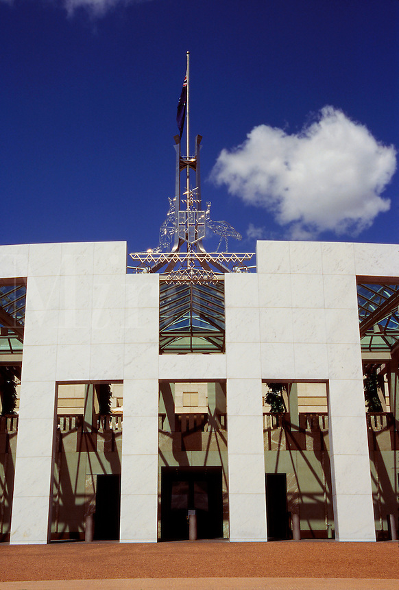 The new Parliament Building completed in 1988. Architects Mitchell, Guirgola, Thorp  Flagpole is world's tallest stainless steel construction, Canberra, Australia