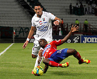 MANIZALES -COLOMBIA- 04 -12 -2013. Accion de juego entre los equipos Once Caldas contra Deportivo Pasto , encuentro de los cuadrangulares finales de la Liga Postobon jugado en el estadio Palogrande  /  Action game between teams Once Caldas vs Deportivo Pasto, meeting the end-runs Postobon League played in the stadium Palogrande.Photo: VizzorImage / Santiago Osorio / Stringer