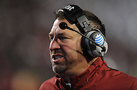 NWA Media/ANDY SHUPE - Arkansas coach Bret Bielema  directs his players against LSU during the second quarter Saturday, Nov. 15, 2014, at Razorback Stadium in Fayetteville.