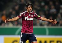 FUSSBALL   DFB POKAL   SAISON 2011/2012  ACHTELFINALE  Borussia Moenchengladbach - FC Schalke 04         21.12.2011 Raul (FC Schalke 04) enttaeuscht