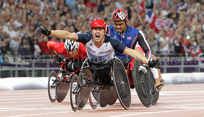 Paralympics London 2012 - ParalympicsGB - Volleyball..David Weir celebrates after winning Gold after competing in the Men's 1500m - T54 Final  4th September 2012 held at the Olympic Stadium at the Paralympic Games in London. Photo: Richard Washbrooke/ParalympicsGB