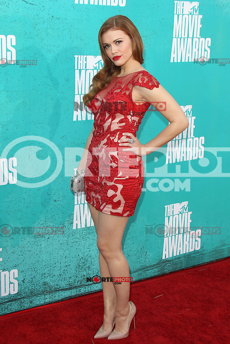 Holland Roden at the 2012 MTV Movie Awards held at Gibson Amphitheatre on June 3, 2012 in Universal City, California. © mpi29/MediaPunch Inc.