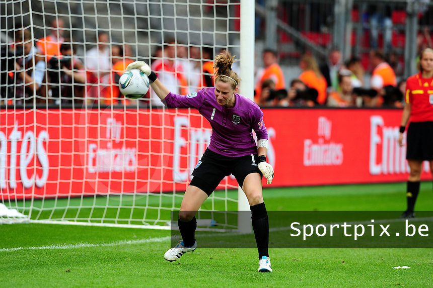 Fifa Women's World Cup Germany 2011 : England - France - at Leverkusen : Karen Bardsley .foto DAVID CATRY / Vrouwenteam.be