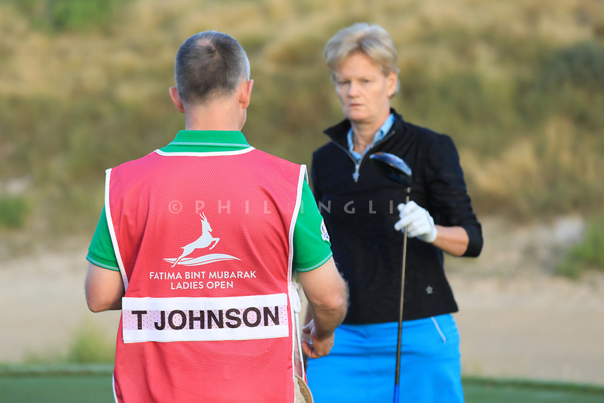 Trish Johnson (ENG) during the first round of the Fatima Bint Mubarak Ladies Open played at Saadiyat Beach Golf Club, Abu Dhabi, UAE. 10/01/2019<br /> Picture: Golffile | Phil Inglis<br /> <br /> All photo usage must carry mandatory copyright credit (© Golffile | Phil Inglis)