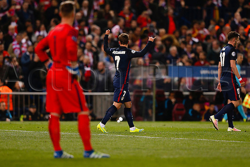 13.04.2016. Madrid, Spain.  Antonie Griezmann (7) Atletico de Madrid's player celebrates the (1,0) after scoring his team´s goal. UCL Champions League between Atletico de Madrid and FC Barcelona at the Vicente Calderon stadium in Madrid, Spain, April 13, 2016 .