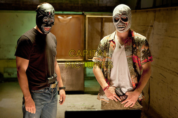 TAYLOR KITSCH, AARON JOHNSON.in Savages (2012) .*Filmstill - Editorial Use Only*.CAP/FB.Supplied by Capital Pictures.