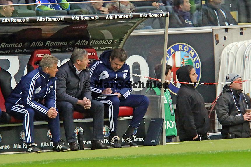 Trainer Jens Keller (Schalke)  - Eintracht Frankfurt vs. FC Schalke 04, Commerzbank Arena