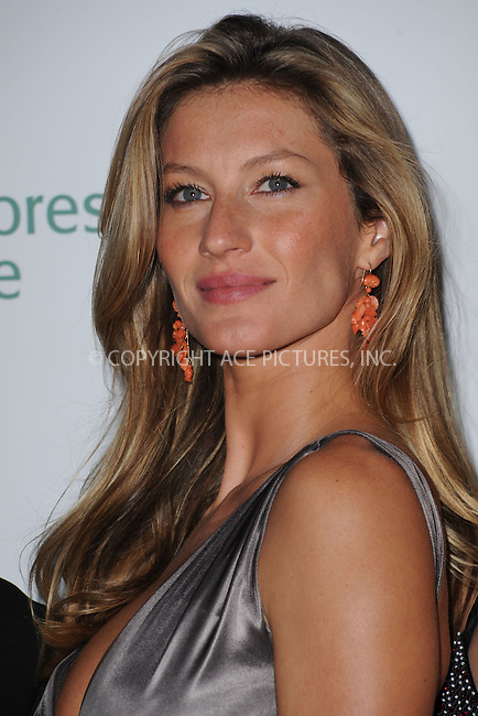 WWW.ACEPIXS.COM . . . . .....May 6, 2009. New York City.....Model Gisele Bundchen attends the 2009 Rainforest Alliance gala held at the American Museum of Natural History on May 6, 2009 in New York City.  ..  ....Please byline: Kristin Callahan - ACEPIXS.COM..... *** ***..Ace Pictures, Inc:  ..Philip Vaughan (646) 769 0430..e-mail: info@acepixs.com..web: http://www.acepixs.com