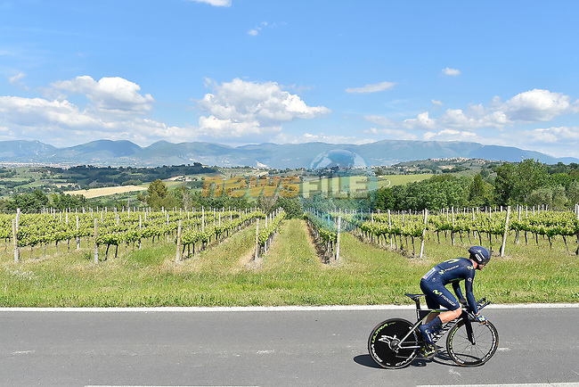 Jose Rojas (ESP) Team Movistar in action during Stage 10 the Sagrantino Stage of the 100th edition of the Giro d'Italia 2017, an individual time trial running 39.8km from Foligno to Montefalco, Italy. 16th May 2017.<br /> Picture: LaPresse/Fabio Ferrari | Cyclefile<br /> <br /> <br /> All photos usage must carry mandatory copyright credit (&copy; Cyclefile | LaPresse/Fabio Ferrari)
