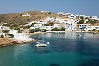 Greece, South Aegean, Cyclades, Sifnos  island, Faros: View over Faros on island's south east coast | Griechenland, Suedliche Aegaeis, Kykladen, Insel Sifnos, Faros: an der Sued-Ost-Kueste