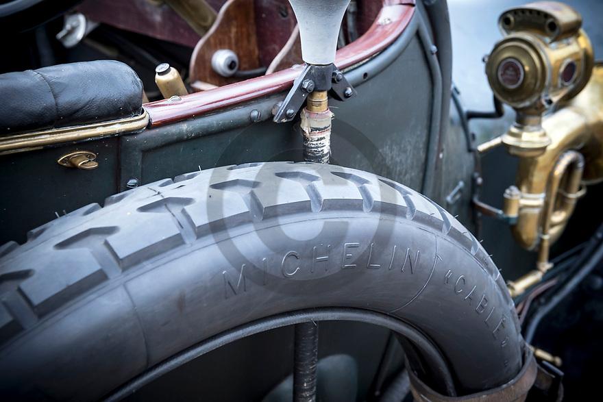 11/11/18 - PARENTIGNAT - PUY DE DOME - FRANCE - Essais Torpedo ROCHET SCHNEIDER de 1912 - Photo Jerome CHABANNE