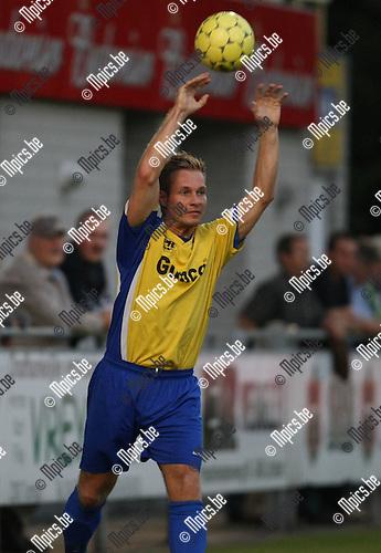 2009-09-19 / Voetbal / seizoen 2009-2010 / KFC De Kempen - VC Wijnegem / Dimitri Colin..Foto: Maarten Straetemans (SMB)