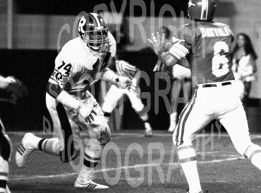 Mark Seale Ottawa Rough Riders 1982. Photo Scott Grant