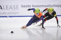 SHORTTRACK: DORDRECHT: Sportboulevard Dordrecht, 24-01-2015, ISU EK Shorttrack, Yara VAN KERKHOF (NED | #138), Hanne DESMET (BEL | #102), ©foto Martin de Jong