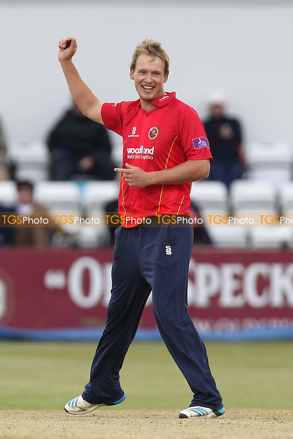 Tom Westley of Essex celebrates the wicket of Matthew Spriegel - Northamptonshire Steelbacks vs Essex Eagles - Royal London One-Day Cup at the County Ground, Northampton - 21/08/14 - MANDATORY CREDIT: Gavin Ellis/TGSPHOTO - Self billing applies where appropriate - contact@tgsphoto.co.uk - NO UNPAID USE