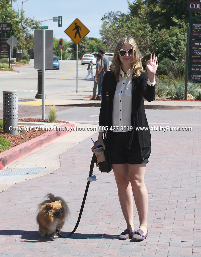 June 25th 2013  <br /> <br /> Mischa Barton shopping in Malibu eating lunch at Tra Di Noi with a friend &amp; dog <br /> The waiter asked Mischa for her i.d for alcohol she bought. They ordered Mimosa. <br /> <br /> <br /> AbilityFilms@yahoo.com<br /> 805 427 3519 <br /> www.AbilityFilms.com