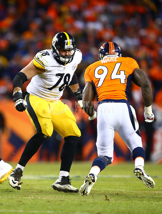 Jan 17, 2016; Denver, CO, USA; Pittsburgh Steelers offensive tackle Alejandro Villanueva (78) against the Denver Broncos during the AFC Divisional round playoff game at Sports Authority Field at Mile High. Mandatory Credit: Mark J. Rebilas-USA TODAY Sports