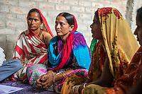 Women vegetable farmers have a discussion during a Producer Group meeting in Machahi village, Muzaffarpur, Bihar, India on October 26th, 2016. Non-profit organisation Technoserve works with women vegetable farmers in Muzaffarpur, providing technical support in forward linkage, streamlining their business models and linking them directly to an international market through Electronic Trading Platforms. Photograph by Suzanne Lee for Technoserve