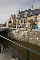 Europe/France/Nord-Pas-de-Calais/59/Nord/Bergues :  l' estaminet: Le Bruegel sur les bors du Canal de la Basse-Colme