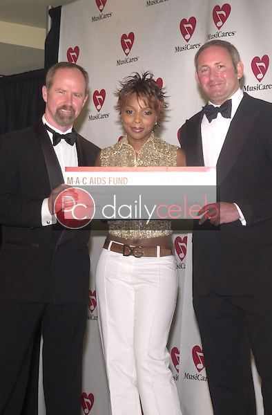 Michael Green, Mary J. Blige and the President of MAC AIDS Foundation