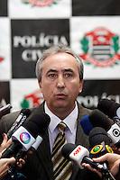 S&Atilde;O PAULO,SP,27 JUNHO 2012 - MENINA DESAPARECIDA PRIS&Atilde;O SUSPEITO<br /> O delegado do 6&ordm; DP Jos&eacute; Gonsaga Pereira da Silva Marques durante coletiva na tarde de hoje, o delegado informou q o suspeito preso no inicio da tarde de de hoje n&atilde;o &eacute; o homem procurado acusado de sequestrar a menina Brenda.ALE VIANNA / BRAZIL PHOTO PRESS