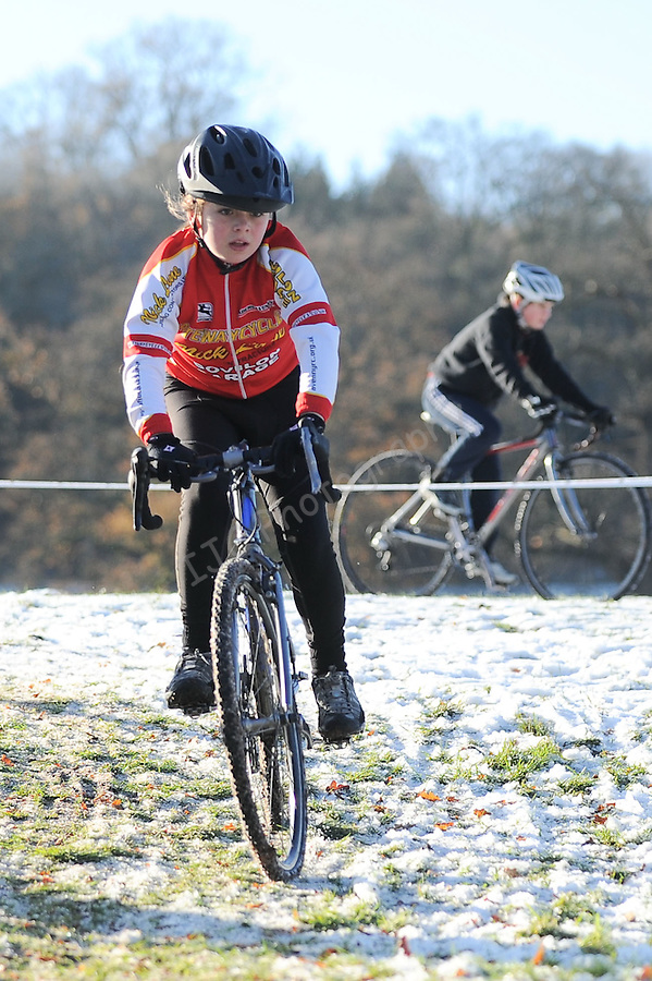 Welsh Cyclo-cross Championships 2010 -  05-December 2010 - Copyright IJC Sports Photography - PLEASE CREDIT - Ian Cook - IJC Sports photography -