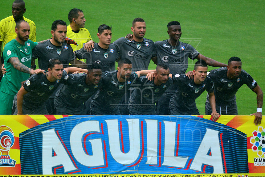 BARRANQUILLA - COLOMBIA, 22-09-2018: Los jugadores de La Equidad posan para una foto, antes de partido de la fecha 11 entre Atlético Junior y La Equidad por la Liga Aguila II 2018, jugado en el estadio Metropolitano Roberto Meléndez de la ciudad de Barranquilla. /  The players of La Equidad,  pose for a photo, prior a match of the of the 11th date between Atletico Junior and La Equidad, for the Liga Aguila II 2018 at the Metropolitano Roberto Melendez stadium in Barranquilla city, Photo: VizzorImage  / Alfonso Cervantes / Cont.
