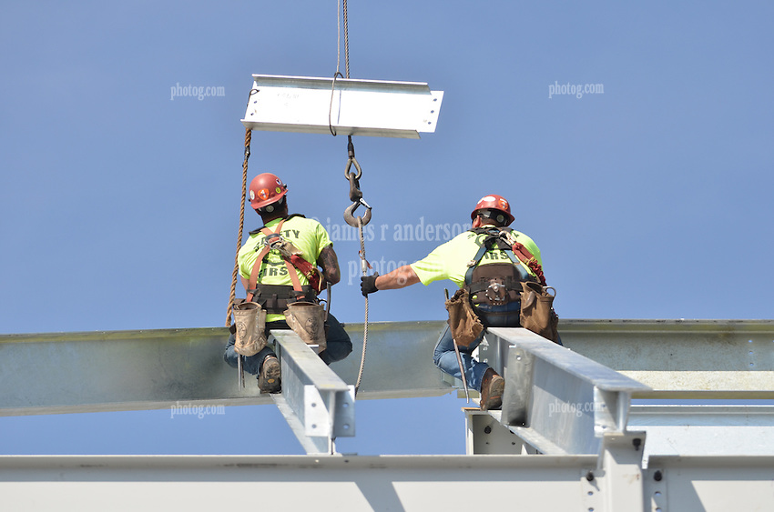 Ironworkers erecting Steel at the Central Connecticut State University, New Academic Building. CT- DCS Project No: BI-RC-324 Architect: Burt Hill Kosar Rittelmann Associates. Contractor: Gilbane, Inc.