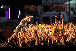 Le chanteur auteur compositeur Bruce SPRINGSTEEN en concert au festival des Vieilles Charrues 2009 à Carhaix / 29 Finistère / Rég. Bretagne / Bruce SPRINGSTEEN on stage at the Vieilles Charrues music festival of Carhaix in Brittany / France