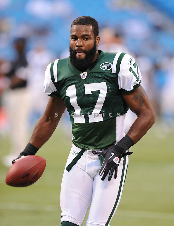 BRAYLON EDWARDS, of the New York Jets in action during the Jets game against the Carolina Panthers  at Bank of America Stadium in Charlotte, N.C.  on August 21, 2010.  The Jets beat the Panthters 9-3 in the second week of preseason games...