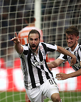 Calcio, Serie A: Inter - Juventus, Milano, stadio Giuseppe Meazza (San Siro), 28 aprile 2018.<br /> Juventus' Gonzalo Higuain (l) celebrates after scoring with his teammate Daniele Rugani (r) during the Italian Serie A football match between Inter Milan and Juventus at Giuseppe Meazza (San Siro) stadium, April 28, 2018.<br /> UPDATE IMAGES PRESS/Isabella Bonotto