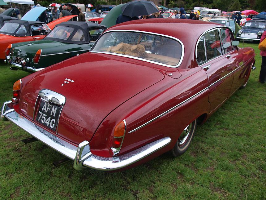 Jaguar 420G Saloon Cars - 1969