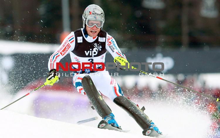 06.01.2011., Sljeme, Zagreb, Hrvatska - <br /> Prva slalom voznja muske utrke Snow Queen Trophy za FIS svjetski kup. <br /> Julien Lizeroux<br />                                                                                                   Foto:   nph / PIXSELL