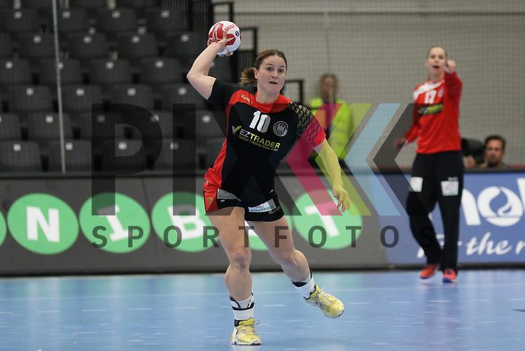 Kolding (DK), 07.12.15, Sport, Handball, 22th Women's Handball World Championship, Vorrunde, Gruppe C, Deutschland-Argentinien : Anna Loerper (Deutschland, #10)<br /> <br /> Foto &copy; PIX-Sportfotos *** Foto ist honorarpflichtig! *** Auf Anfrage in hoeherer Qualitaet/Aufloesung. Belegexemplar erbeten. Veroeffentlichung ausschliesslich fuer journalistisch-publizistische Zwecke. For editorial use only.