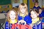 PLAY TIME: Aili?se Finn O Se?, Katie Nic Gearailt agus Sine?ad Ni? Chonchu?ir enjoy play time on their first day at Scoil Cheann Tra, Ventry.
