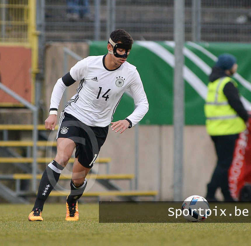 20160324 - Dusseldorf , GERMANY : German Mika Hanraths pictured during the soccer match between the under 17 teams of Germany and Slovakia , on the first matchday in group 4 of the UEFA Under17 Elite rounds at the Paul Janes Stadion in Dusseldorf , Germany. Thursday 24th March 2016 . PHOTO DAVID CATRY