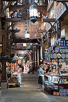 United Arab Emirates, Dubai: Shopping in the souk, Madinat Jumeriah