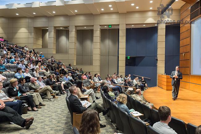 Sep. 17, 2014; Gigot Center Irish Impact Conference keynote speaker Dr. Jordan Kassalow, founder of VisionSpring, speaks in Jordan Auditorium. (Photo by Matt Cashore/University of Notre Dame)