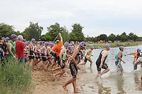 Teilnehmer starten zum MöWaThlon
