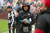 San Francisco 49ers head coach Kyle Shanahan paces the sideline during the fourth quarter against the Washington Redskins at FedEx Field in Landover, Maryland on Sunday, October 20, 2018.  The 49ers won the game 9 - 0.<br /> Credit: Ron Sachs / CNP