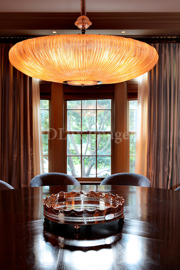 luxury dining set
