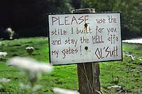 Ol' Sutt sign