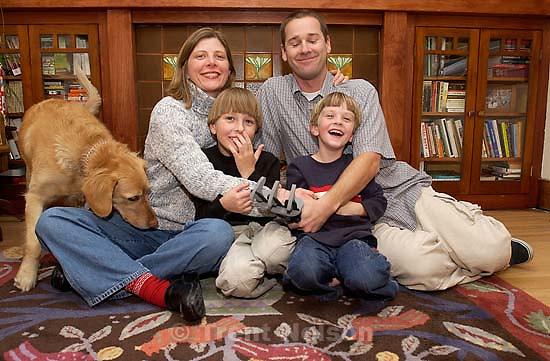 Laura Nelson, Noah Nelson, Nathaniel Nelson, Trent Nelson, Sophie. Family Photo; 12.03.2003<br />