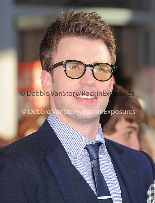 """Chris Evans at The Marvel Studios Premiere of """" Captain America : The First Avenger """"  held at The El Capitan Theatre in Hollywood, California on July 19,2011                                                                               © 2011 DVS/Hollywood Press Agency"""